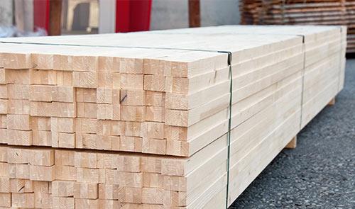 Holzstangen